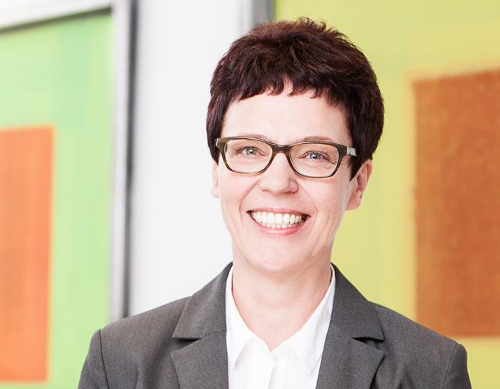 Vera Stolle, Steuerberaterin / Diplom-Ökonom