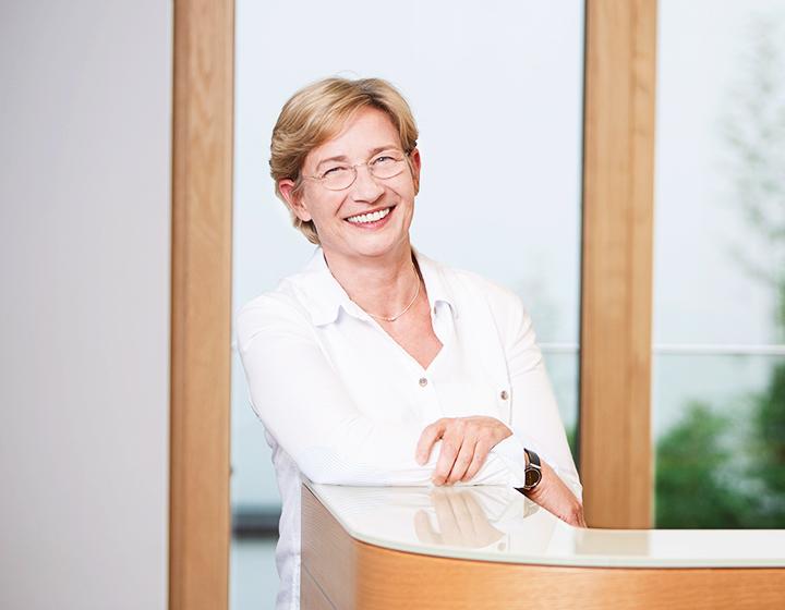 Jutta Gritti, Assistentin der Geschäftsführung