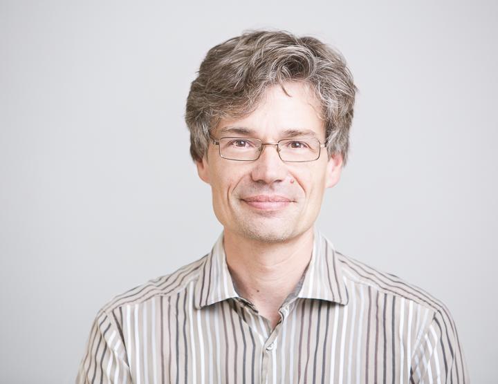 Prof. Volker Schomerus, leitender Wissenschaftler